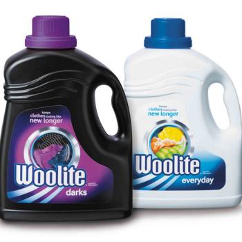 woolite 350x350 - Coupon rabais de 1,50$ sur une bouteille de détergent à lessive Woolite (bouteille de 1,8 L au choix)!