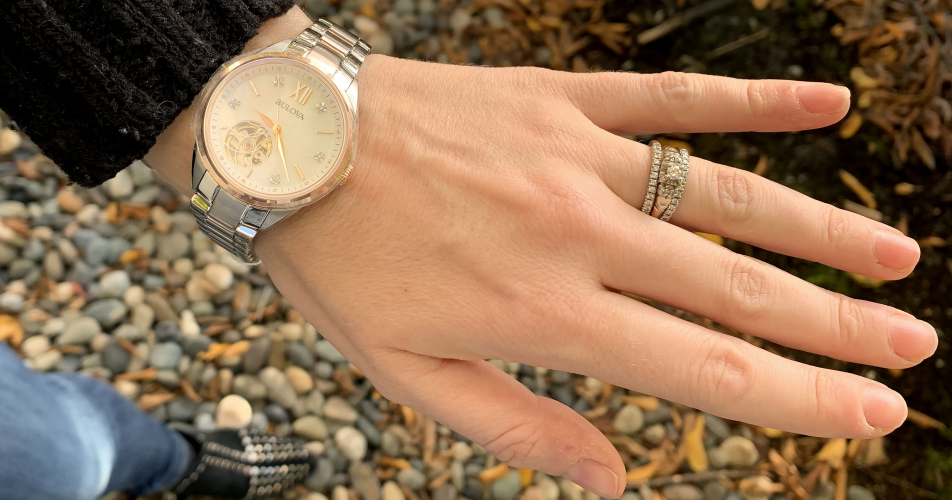 montreagagner - Concours Best Buy: Gagnez 1 des 2 montres Bulova pour homme et femme